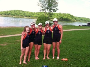 2013 Girls 1V8 to Nationals
